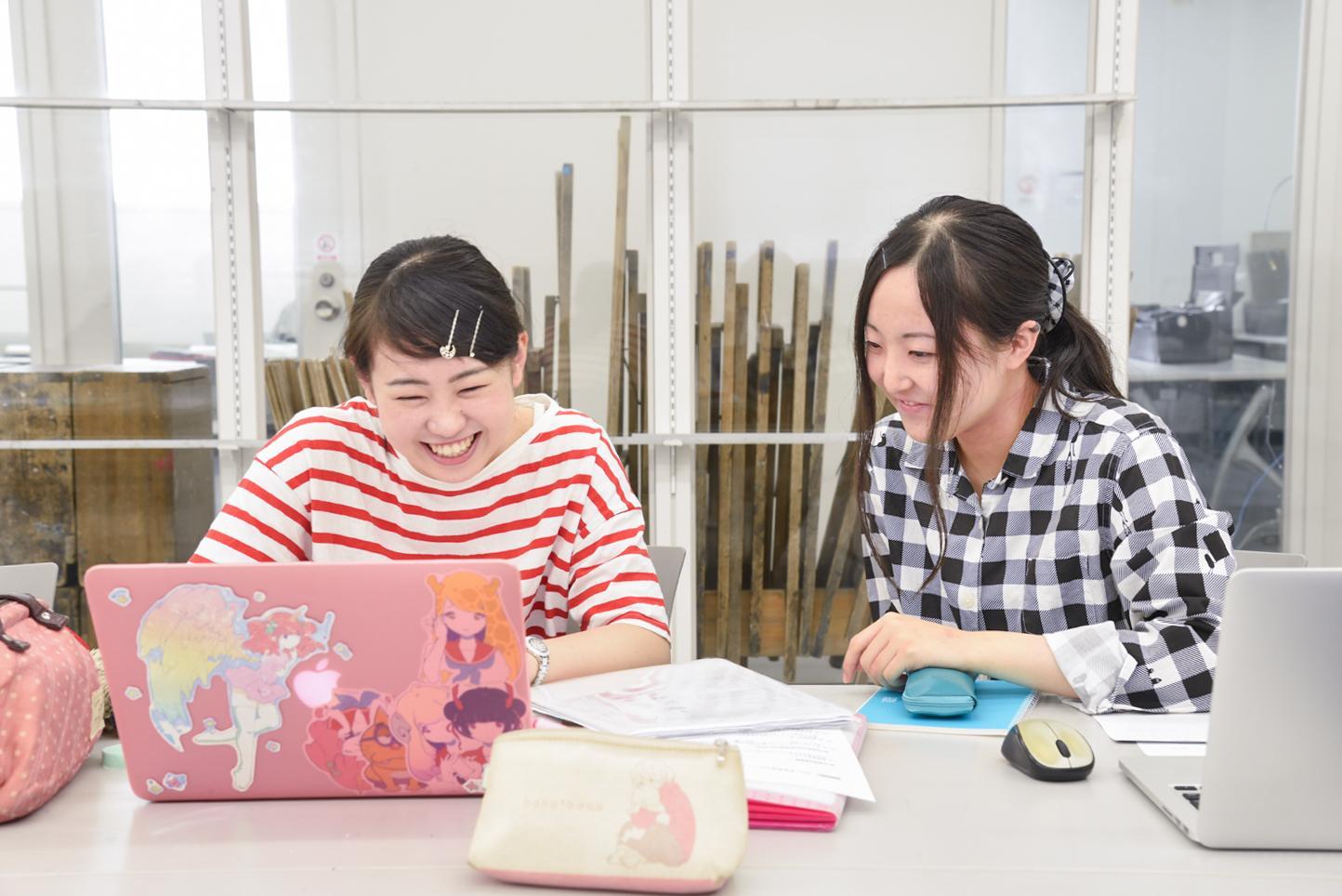 【学歴・指導経験不問】WEBやWEBデザインの初歩を指導できる方、お待ちしております!