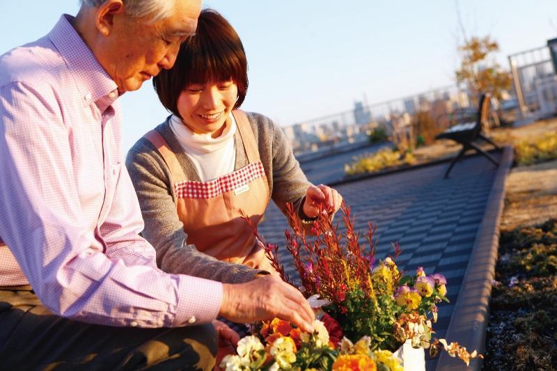 【人と人とのつながりを介護を超えるチカラにする】グループホーム運営居室数、日本一!全国28都道府県で介護施設を運営